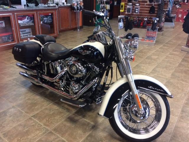 Harley-Davidson FLSTN 2013 Softail Deluxe